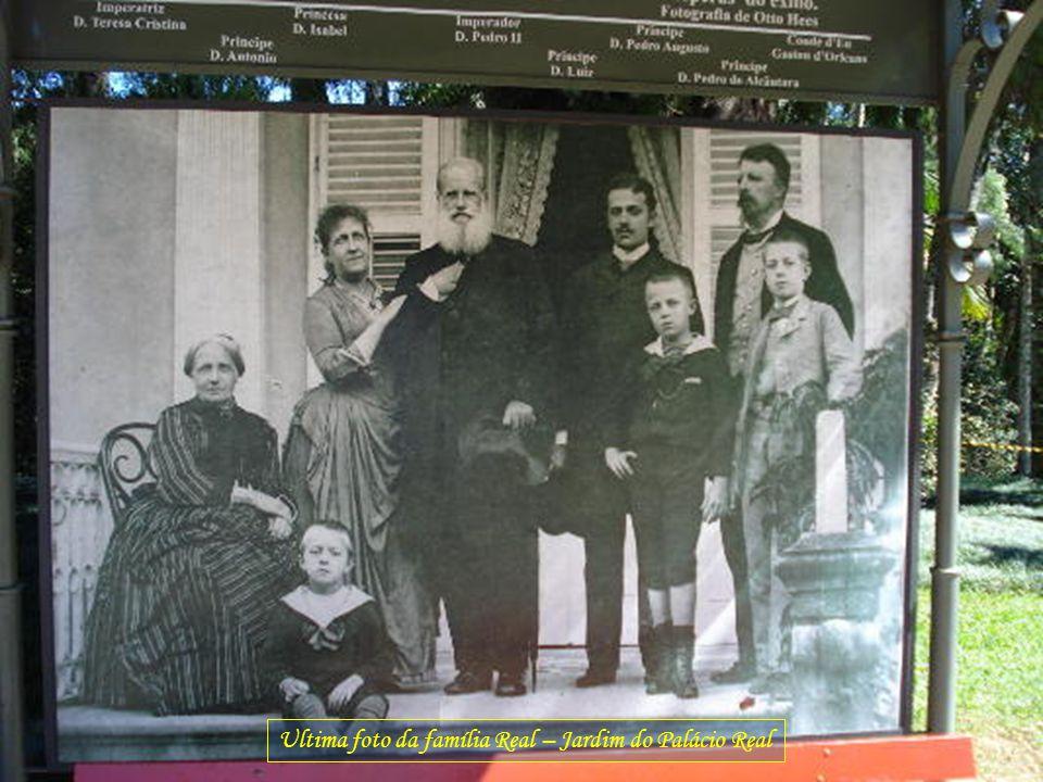 Ultima foto da família Real – Jardim do Palácio Real