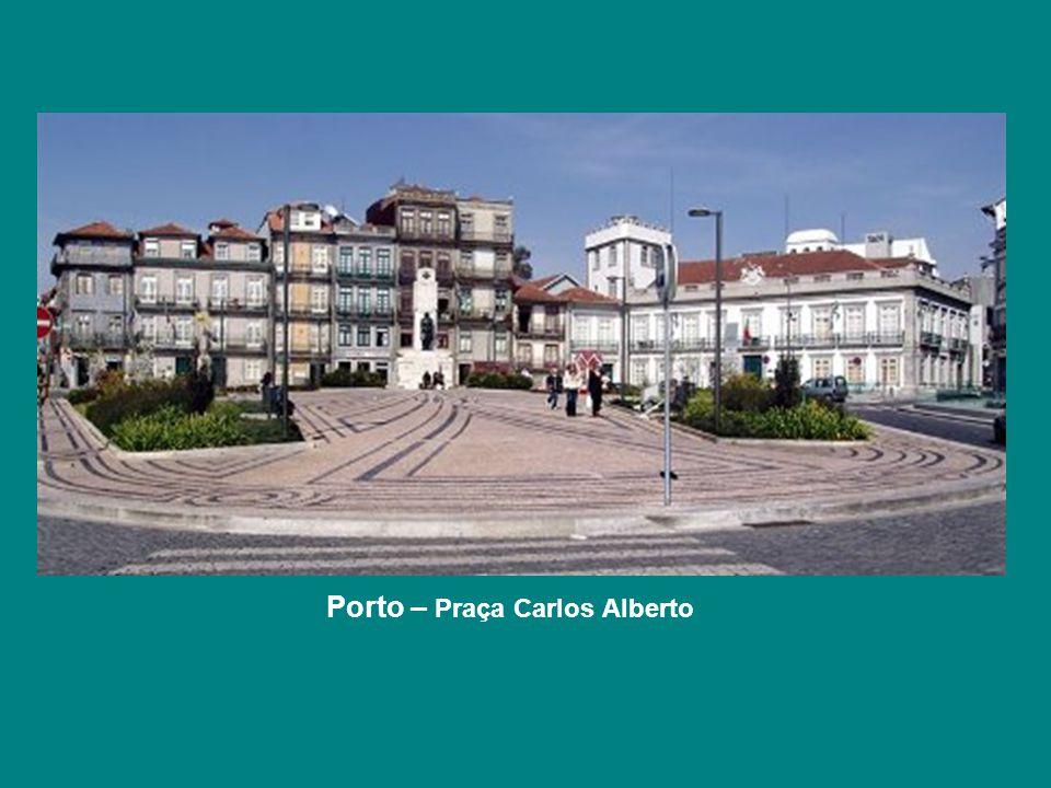 Porto – Praça Carlos Alberto