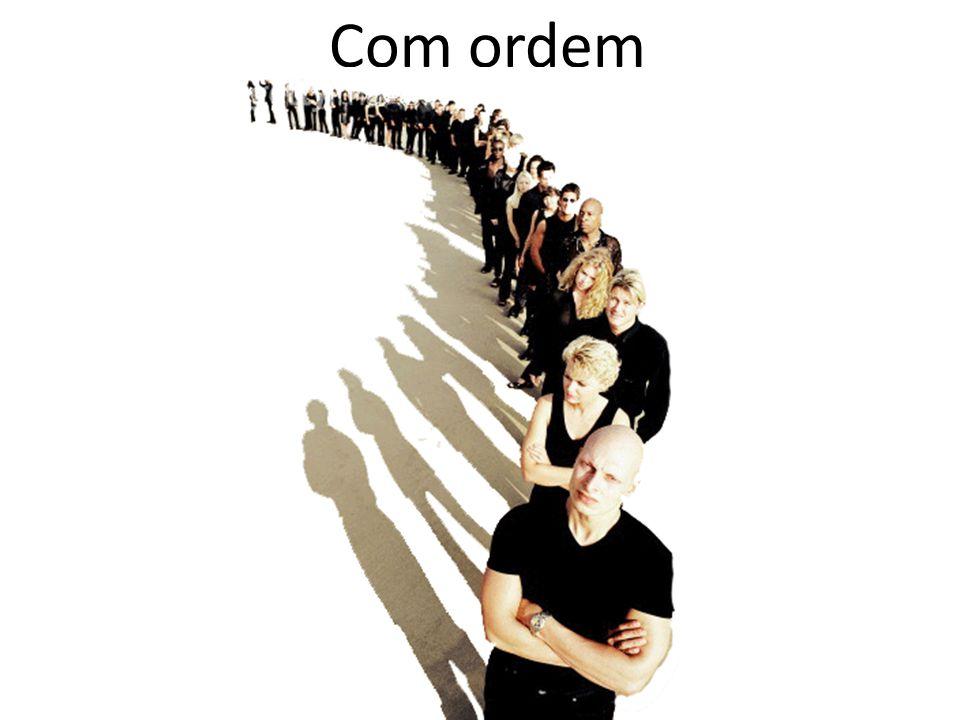 Com ordem