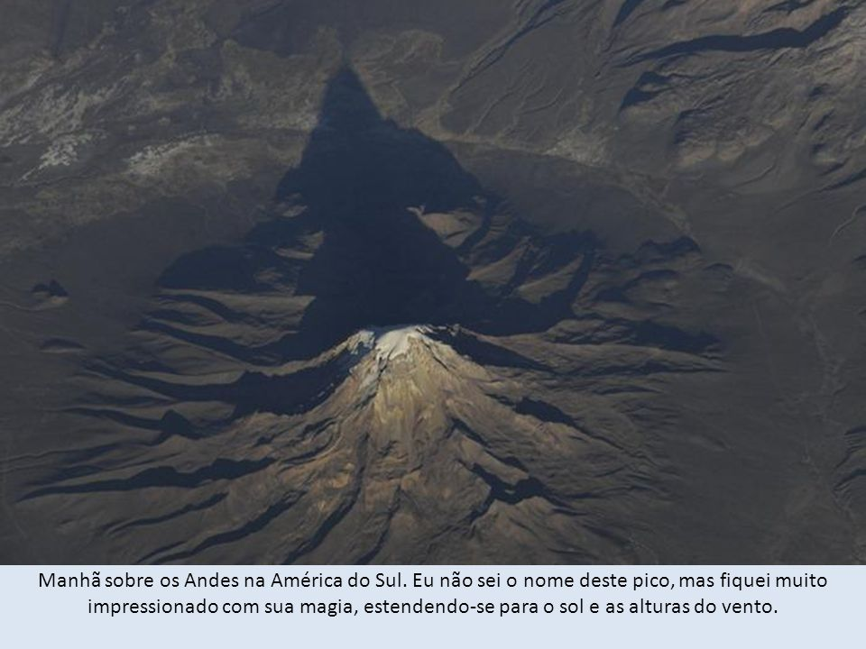Manhã sobre os Andes na América do Sul