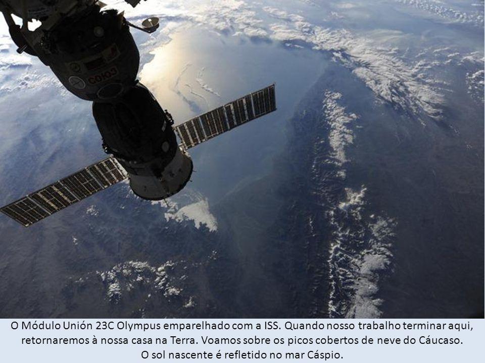 O Módulo Unión 23C Olympus emparelhado com a ISS