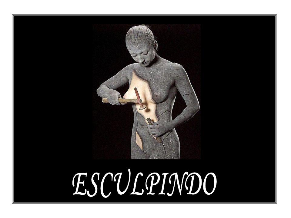 ESCULPINDO