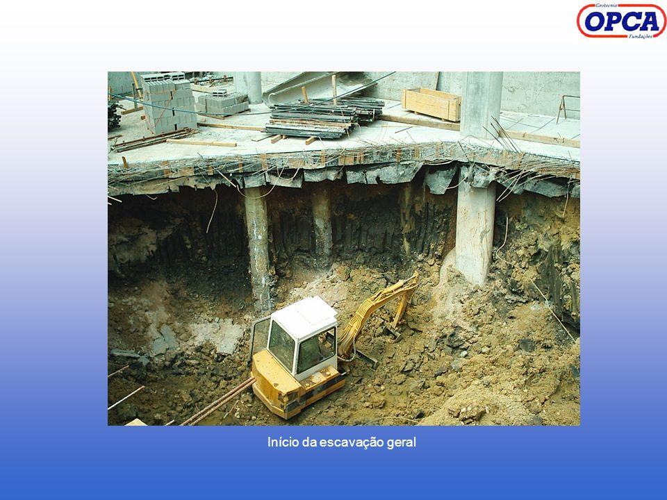 Início da escavação geral