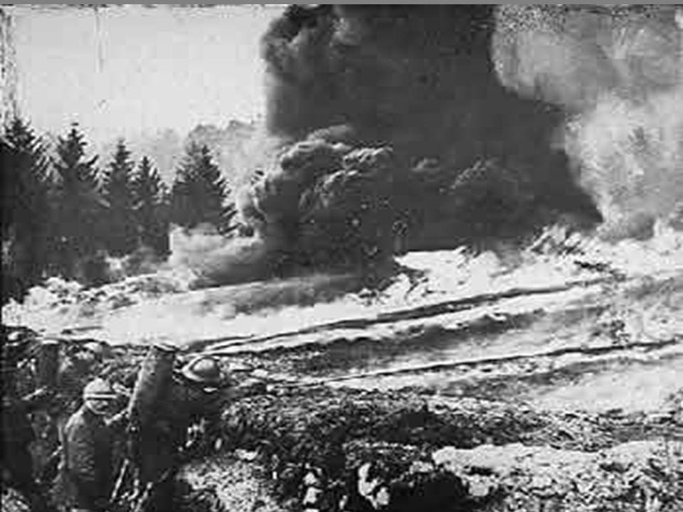 O conflito originou elevadas perdas humanas, em especial na Europa (mais de 8 milhões de mortos e 6,5 milhões de inválidos).