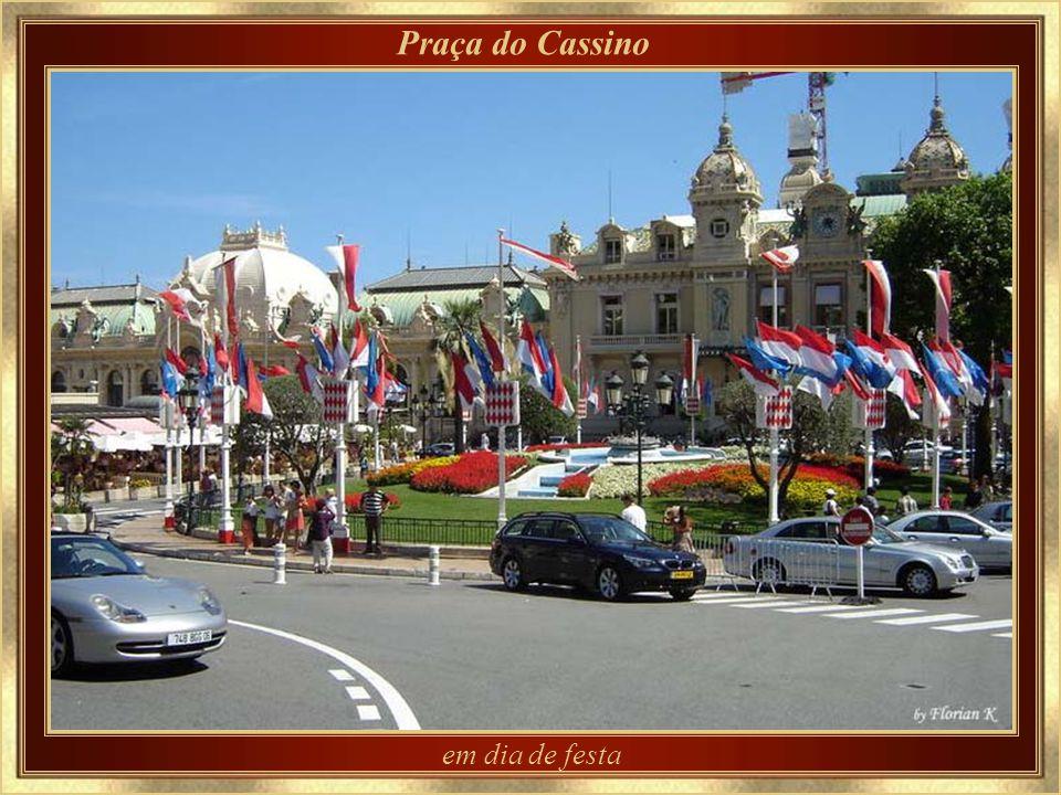 Praça do Cassino em dia de festa