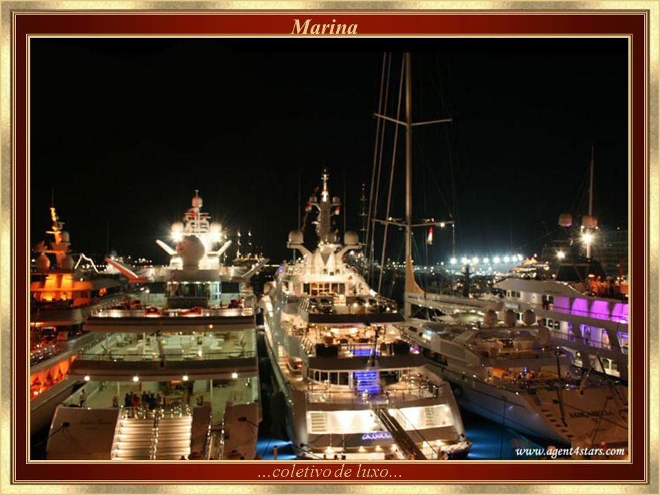 Marina ...coletivo de luxo...