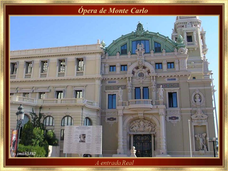 Ópera de Monte Carlo A entrada Real