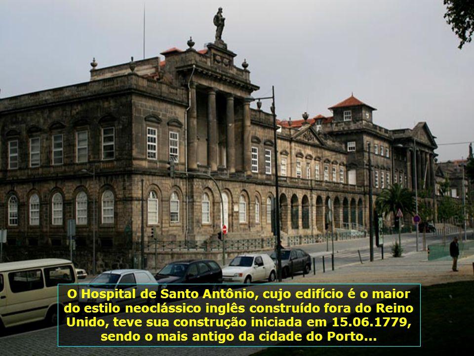 IMG_2196 - PORTUGAL - PORTO - PRÉDIO......-700