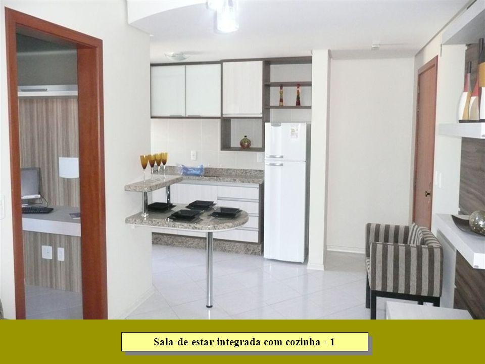 Sala-de-estar integrada com cozinha - 1