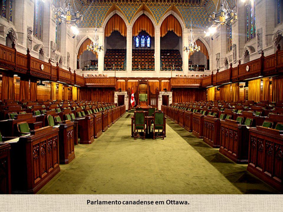 Parlamento canadense em Ottawa.
