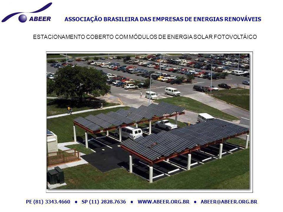 ESTACIONAMENTO COBERTO COM MÓDULOS DE ENERGIA SOLAR FOTOVOLTÁICO