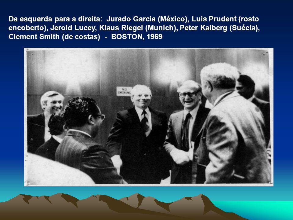 Da esquerda para a direita: Jurado Garcia (México), Luis Prudent (rosto encoberto), Jerold Lucey, Klaus Riegel (Munich), Peter Kalberg (Suécia), Clement Smith (de costas) - BOSTON, 1969