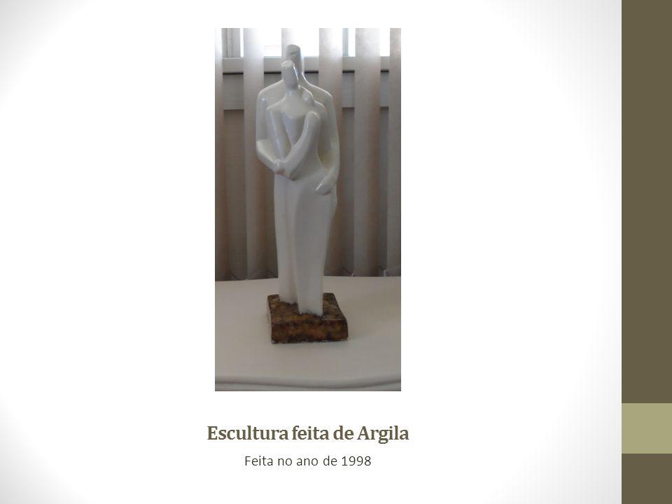 Escultura feita de Argila