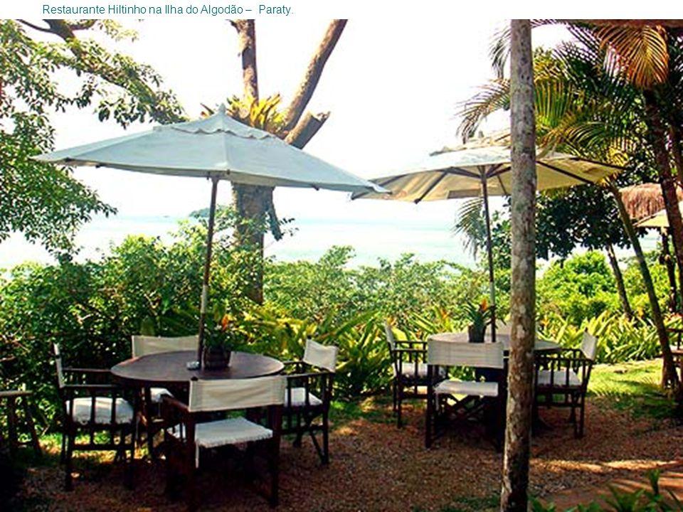 Restaurante Hiltinho na Ilha do Algodão – Paraty.