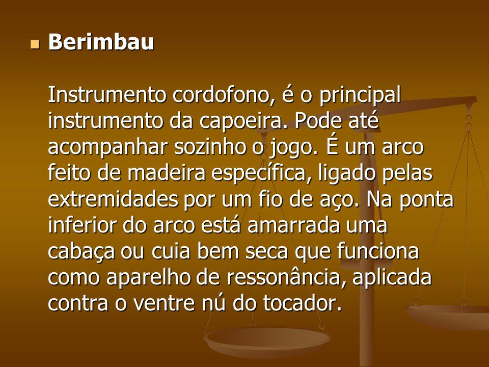 Berimbau Instrumento cordofono, é o principal instrumento da capoeira