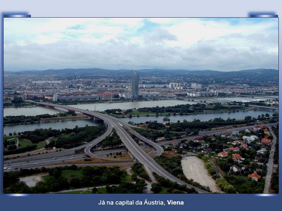 Já na capital da Áustria, Viena