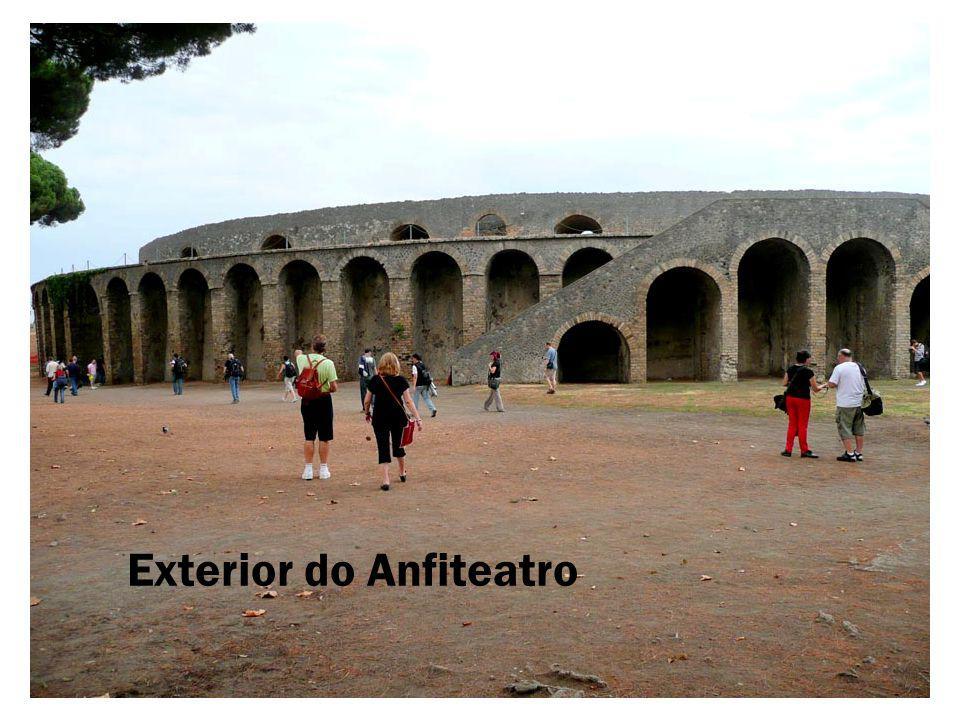 Exterior do Anfiteatro