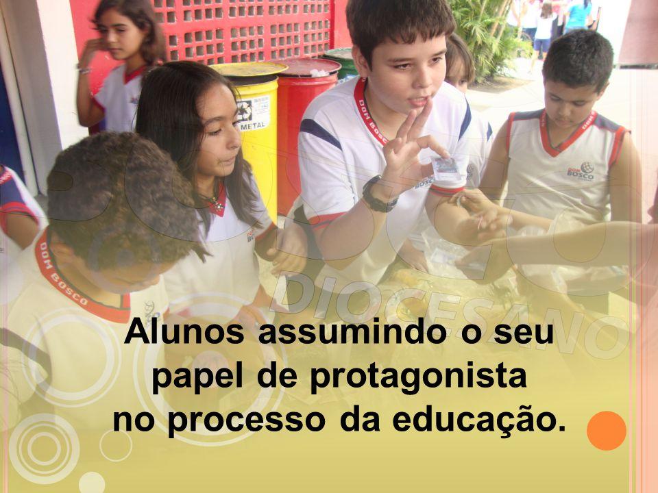 Alunos assumindo o seu papel de protagonista no processo da educação.