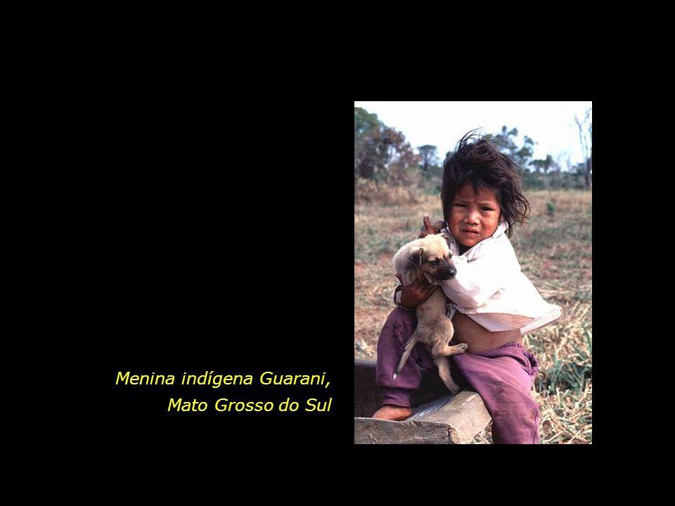 Menina indígena Guarani,