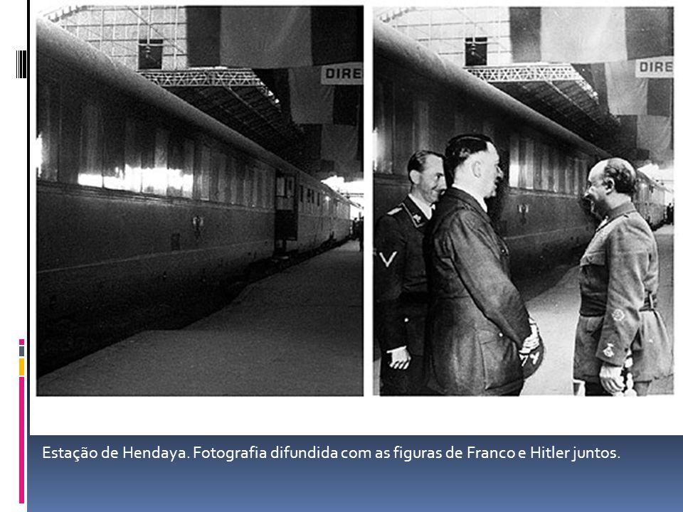 Estação de Hendaya. Fotografia difundida com as figuras de Franco e Hitler juntos.