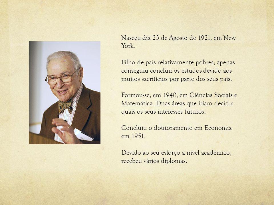 Nasceu dia 23 de Agosto de 1921, em New York.