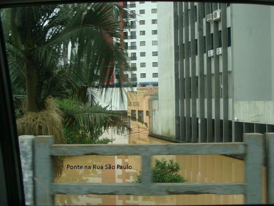 Ponte na Rua São Paulo