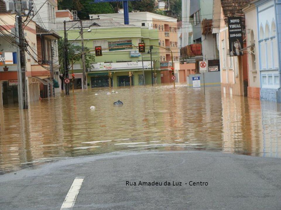 Rua Amadeu da Luz - Centro