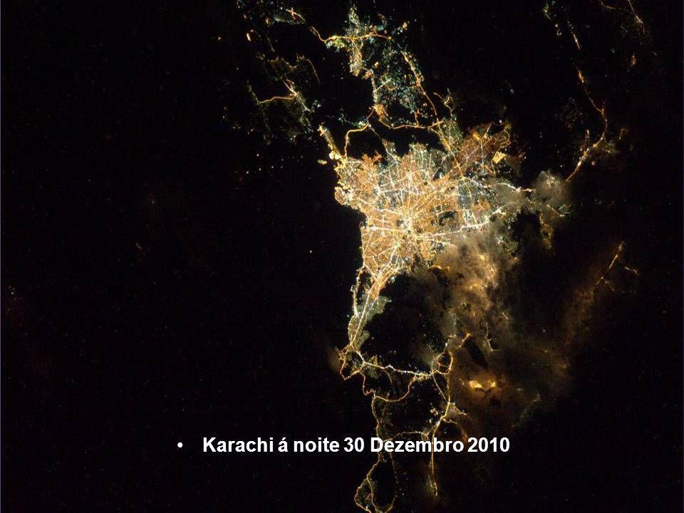 Karachi á noite 30 Dezembro 2010