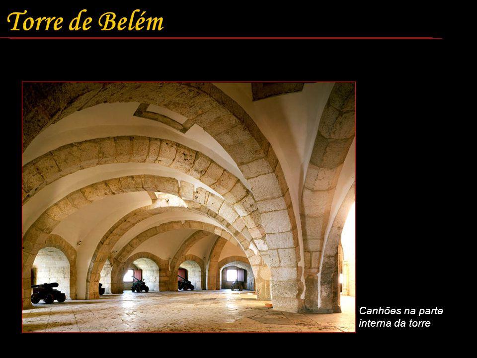 Torre de Belém Canhões na parte interna da torre