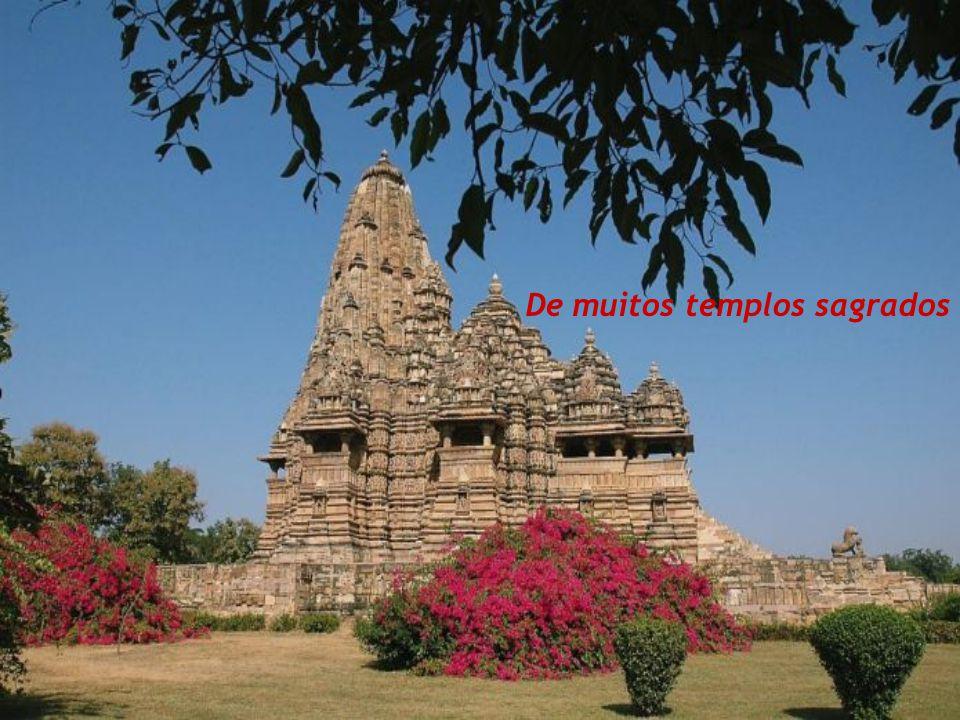 De muitos templos sagrados