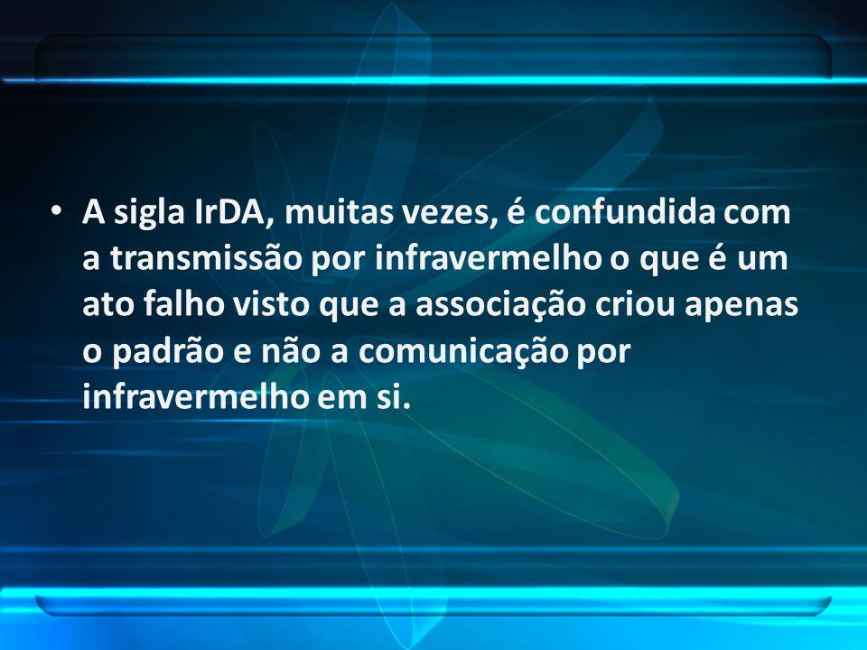 A sigla IrDA, muitas vezes, é confundida com a transmissão por infravermelho o que é um ato falho visto que a associação criou apenas o padrão e não a comunicação por infravermelho em si.