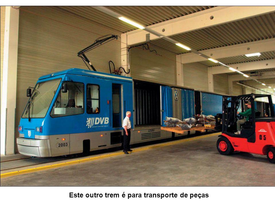 Este outro trem é para transporte de peças