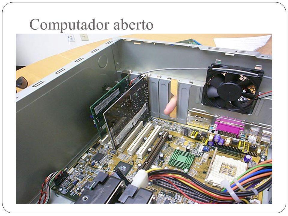Computador aberto