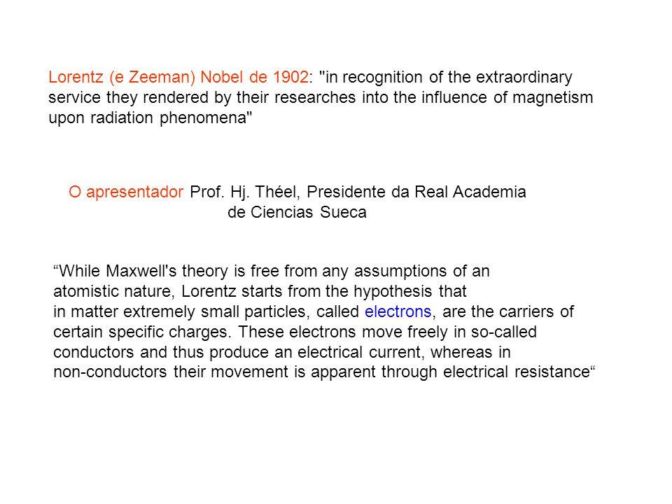 O apresentador Prof. Hj. Théel, Presidente da Real Academia
