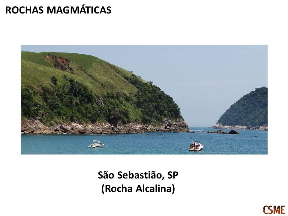 São Sebastião, SP (Rocha Alcalina)
