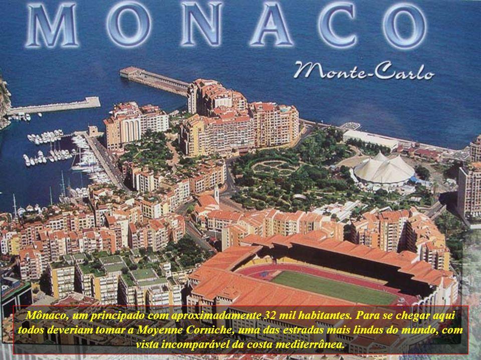 Mônaco, um principado com aproximadamente 32 mil habitantes