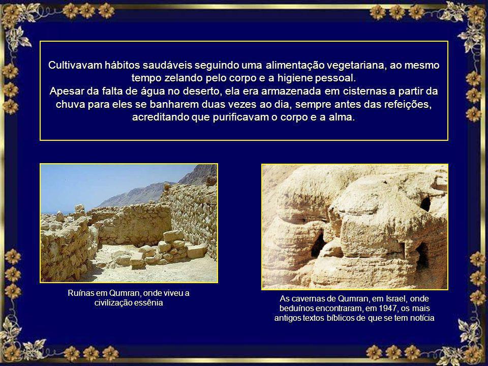 Ruínas em Qumran, onde viveu a civilização essênia