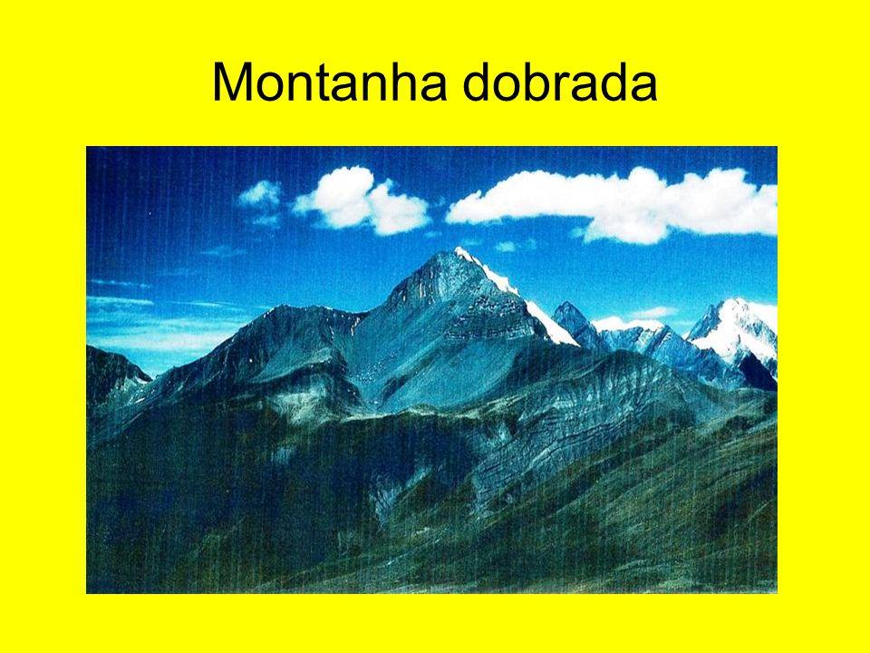 Montanha dobrada