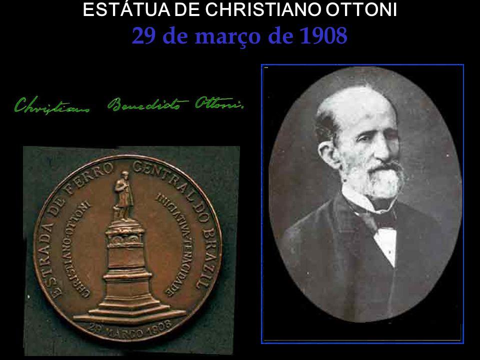 ESTÁTUA DE CHRISTIANO OTTONI