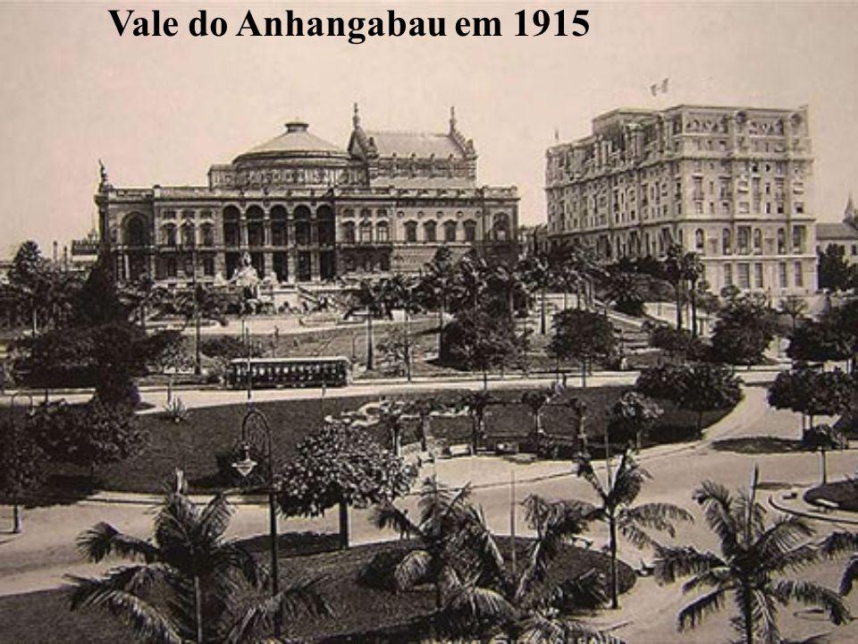 Vale do Anhangabau em 1915