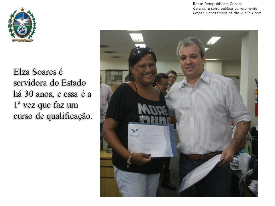 Elza Soares é servidora do Estado há 30 anos, e essa é a 1ª vez que faz um curso de qualificação.