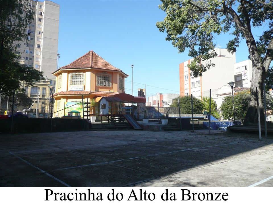 Pracinha do Alto da Bronze