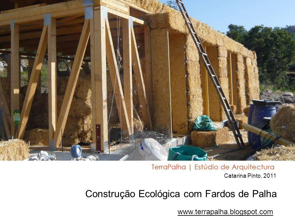 Construção Ecológica com Fardos de Palha