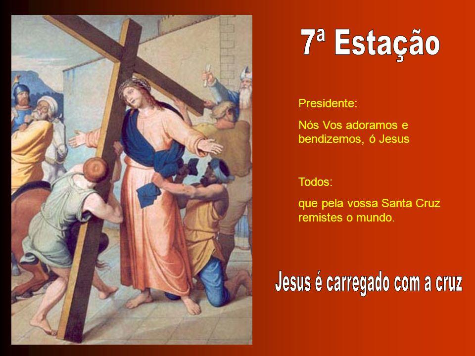 Jesus é carregado com a cruz
