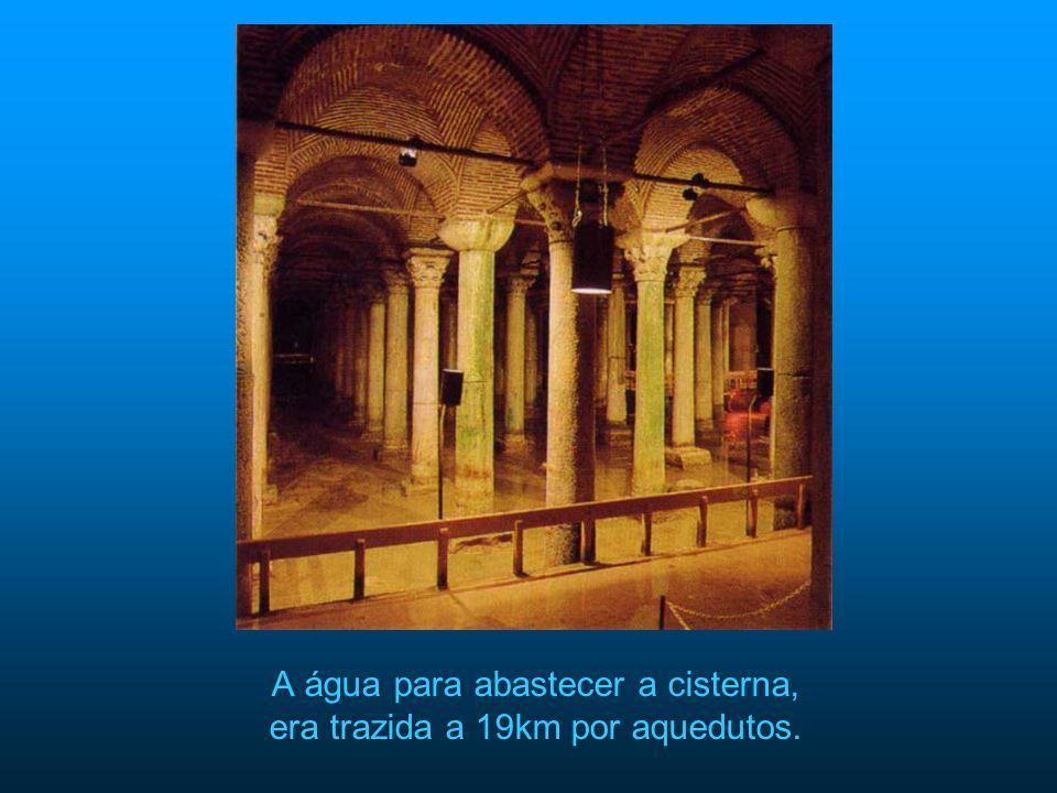 A água para abastecer a cisterna, era trazida a 19km por aquedutos.