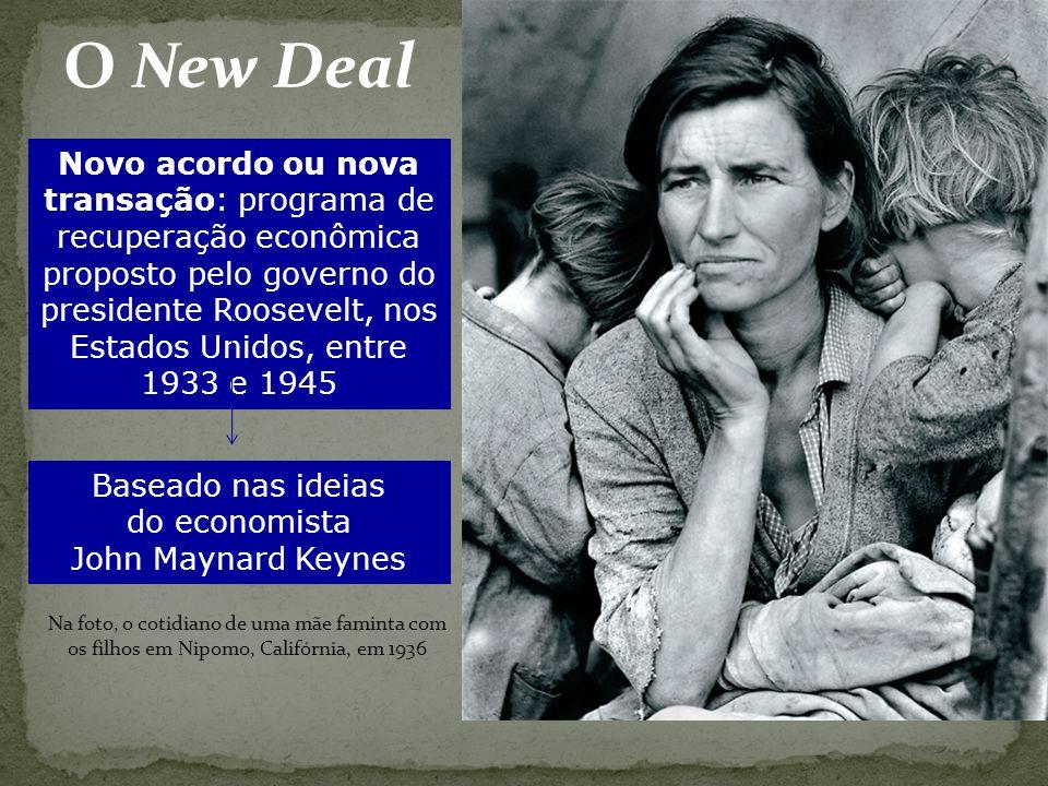 Baseado nas ideias do economista John Maynard Keynes