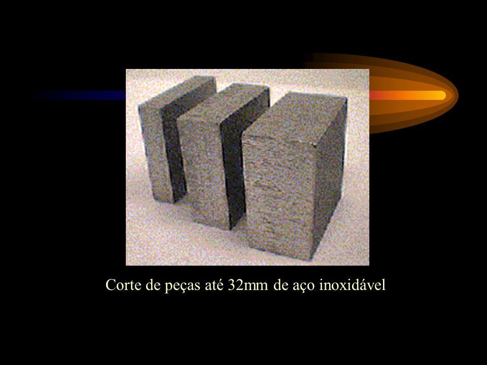 Corte de peças até 32mm de aço inoxidável