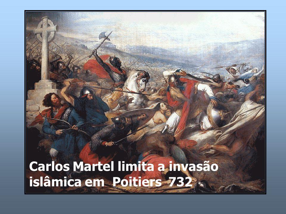 Carlos Martel limita a invasão islâmica em Poitiers 732