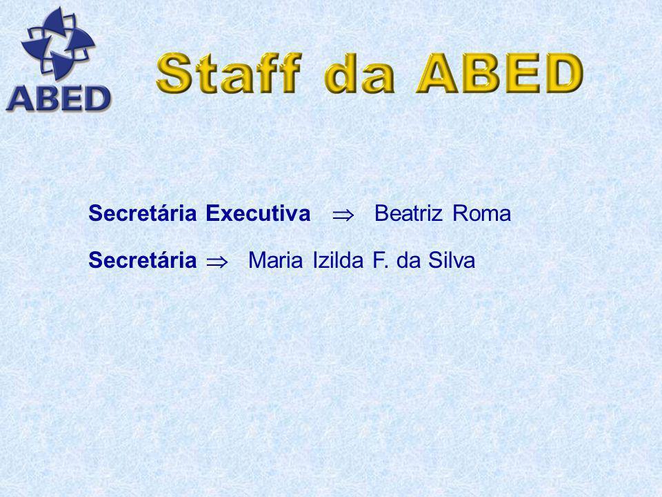 Secretária Executiva  Beatriz Roma