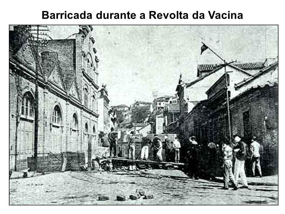 Barricada durante a Revolta da Vacina